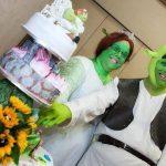 Fotos. Pareja se disfraza de Shrek y Fiona para casarse