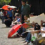 Centenares de salvadoreños acuden al llamado de las ferias de empleo de diversas empresas. FOTO EDH/ARCHIVO