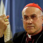 El secretario de Estado del Vaticano, cardenal Tarcisio Bertone.