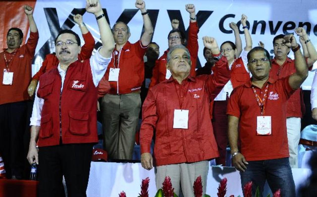"""La fórmula presidencial del FMLN, Salvador Sánchez Cerén y Óscar Ortiz, impulsa el """"buen vivir"""" como parte de la campaña proselitista. Foto/archivo"""