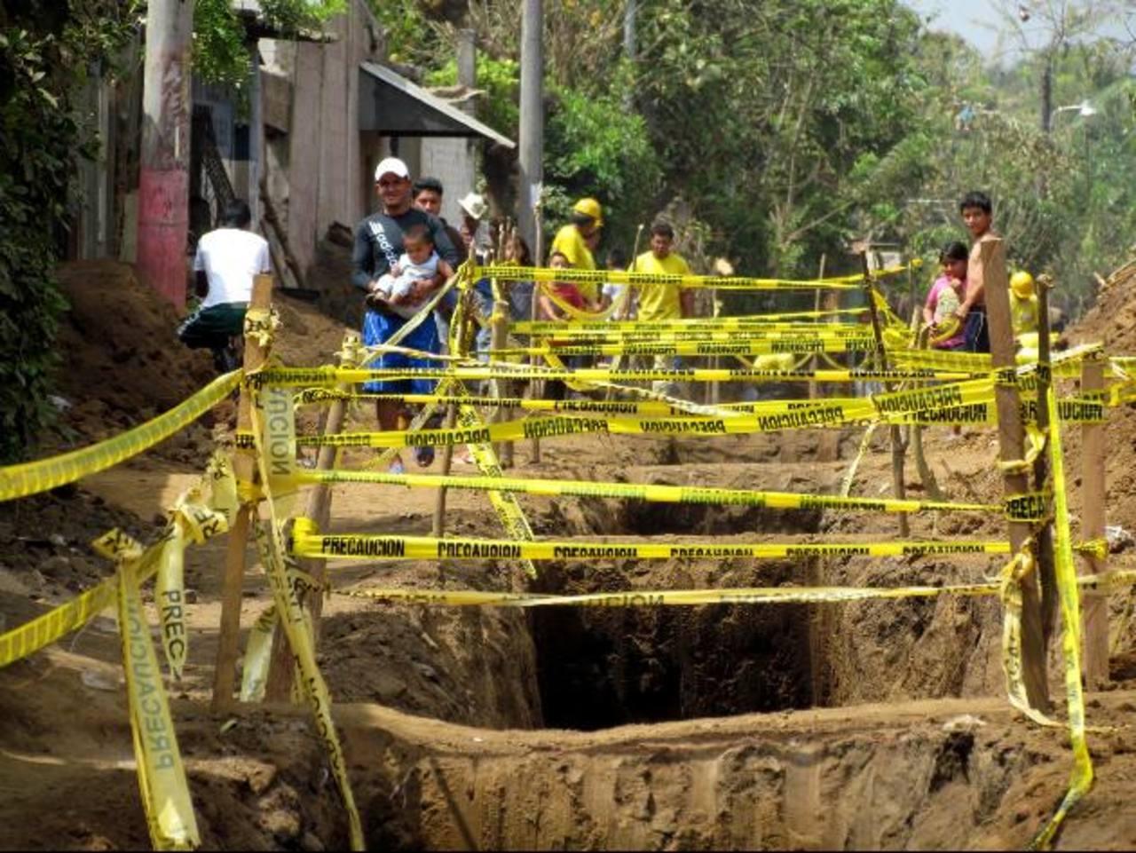 Los trabajos en la colonia El Edén están un 45 por ciento avanzados. Foto EDH / Mauricio Guevara