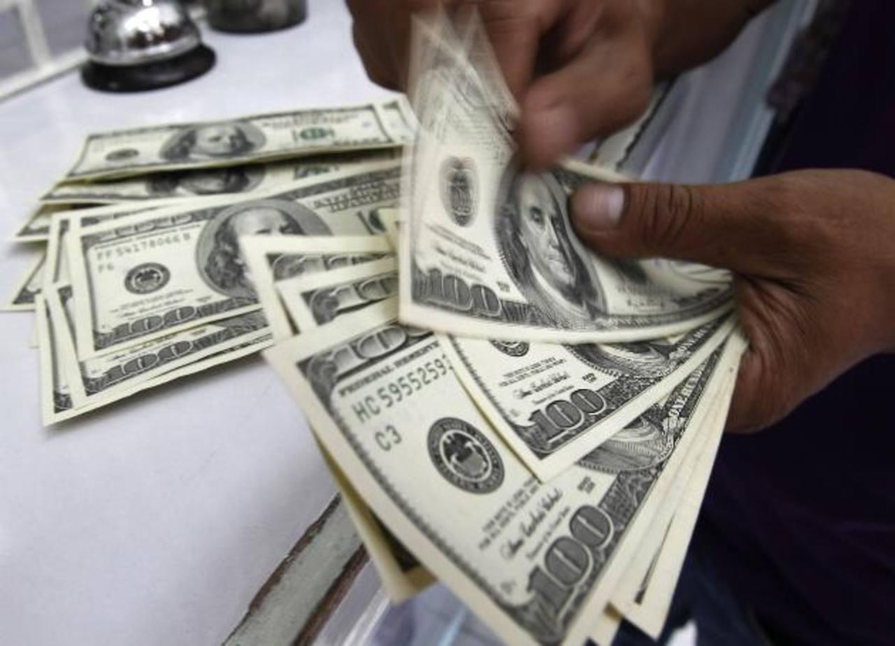 La baja del rendimiento de los bonos afecta la recuperación que, a veces, depende de dinero barato. foto edh / ARCHIVO