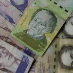 El anuncio de la medida no tomó a los venezolanos por sorpresa, quienes desde hace meses esperaban una devaluación. FOTO EDH
