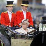 La reina Isabel II y su marido, el príncipe Felipe, no estaban en el palacio.