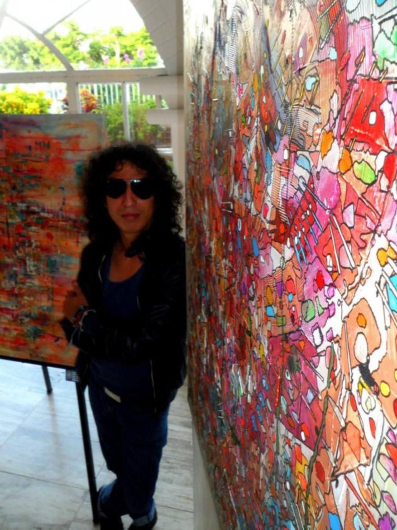 López es una promesa en las artes plásticas en El Salvador con una propuesta de trabajo fresca y dinámica.