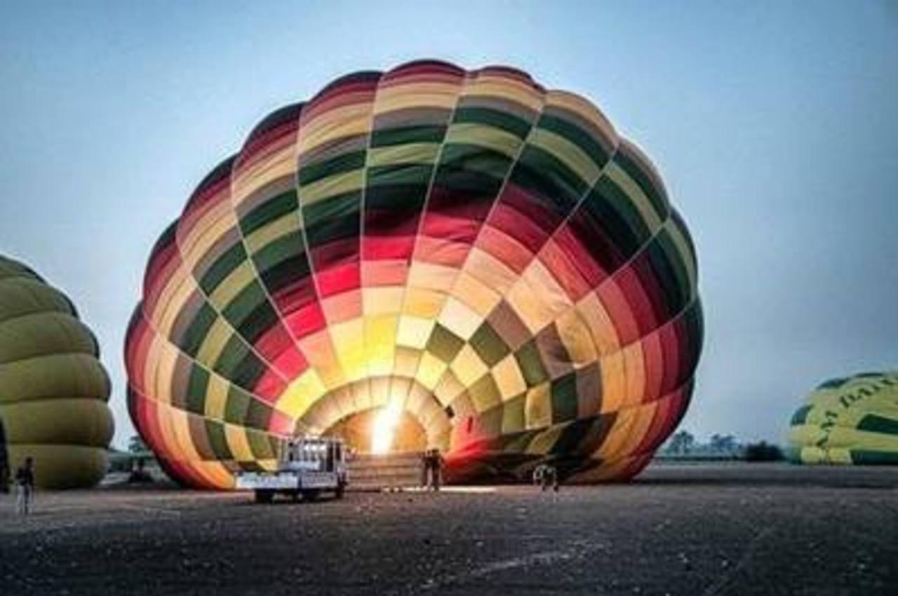 En la imagen el sitio donde despegaron globos aerostáticos para turistas cerca de Luxor, Egipto. Foto/ AP