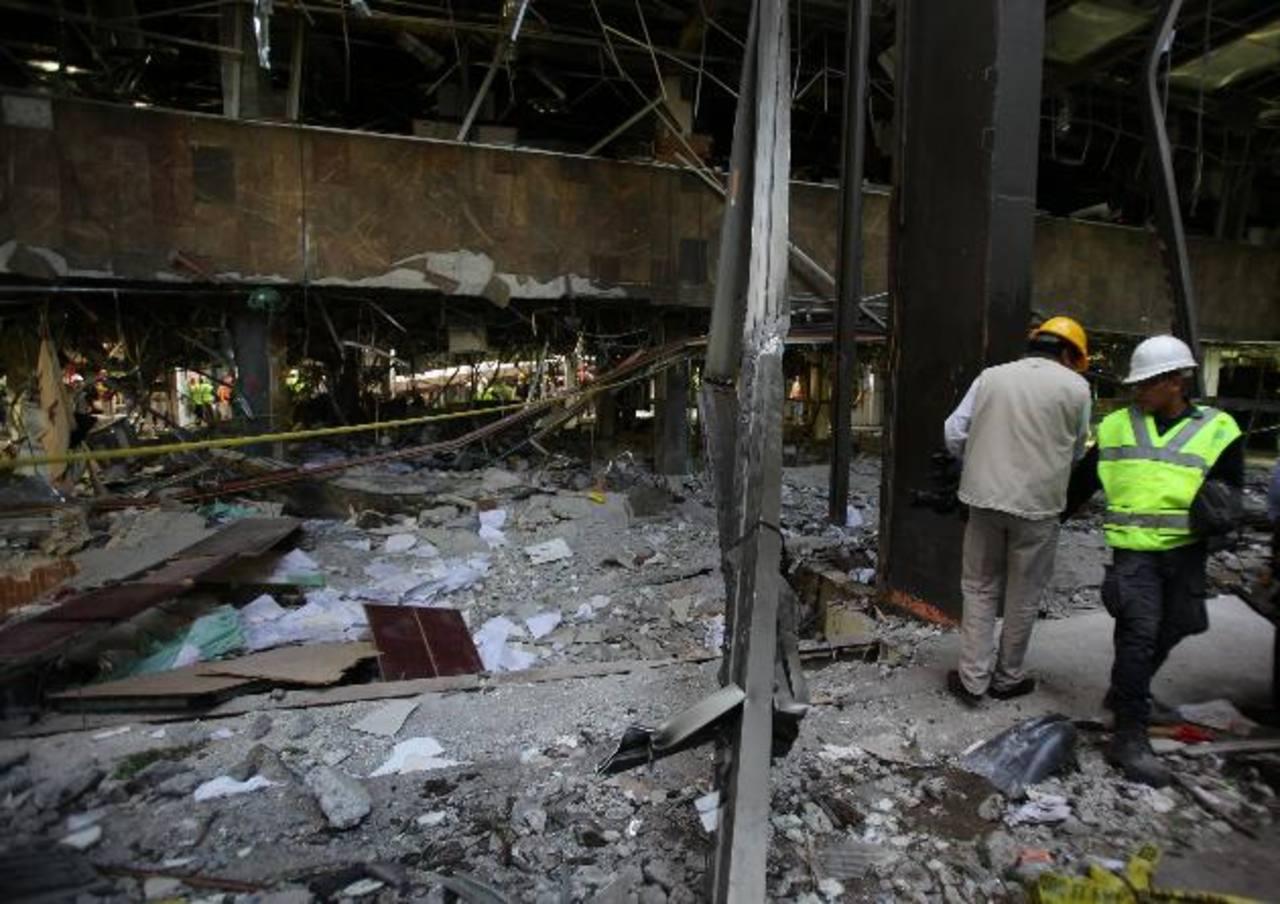 Interior de uno de los edificios de la sede central de Petróleos Mexicanos (Pemex) donde el jueves se registró una fuerte explosión. foto edh / efe
