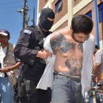 Matías S. P., alias El Tigre está siendo procesado por los delitos de extorsión, homicidio, secuestro, tráfico de droga y armas, y falsedad documental. Foto EDH / Ericka Chávez