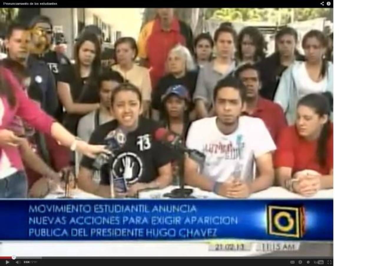 Los representantes del movimiento estudiantil exigieron ante los medios al gobierno que muestre a Hugo Chávez. foto edh