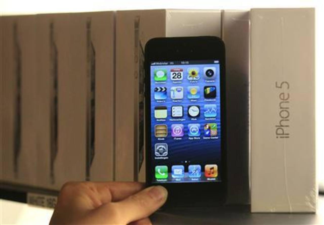 El iPhone 5 está recibiendo nuevas actualizaciones de sus diferentes aplicaciones nativas. foto edh / Archivo