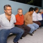 Entre los imputados figuran el exministro de Salud, Guillermo Maza, y César Rolando García, quien fungió como subdirector de la PNC durante la presidencia de Armando Calderón Sol.