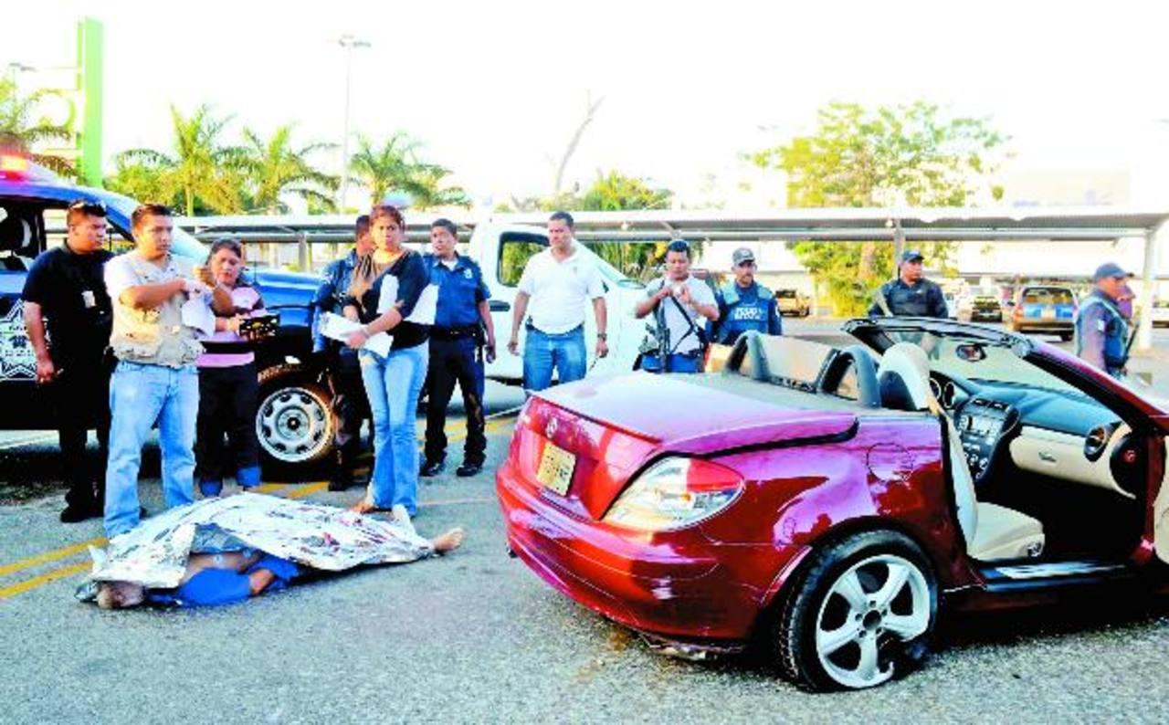 Matan a tiros a belga por robarle auto en Acapulco