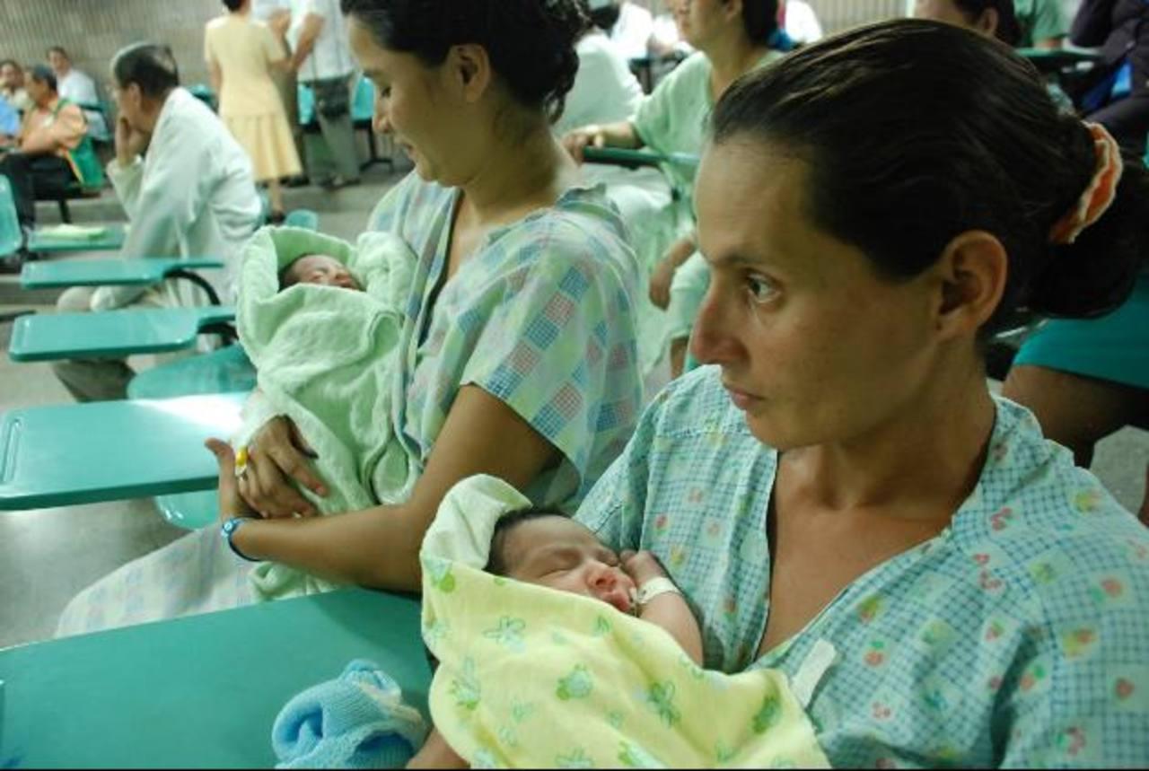 El banco beneficiará a más de 200 bebés prematuros cada mes. Foto EDH/ Lucinda Quintanilla