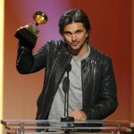 Juanes, Lila Downs ganan Grammy
