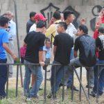 Con dos horas de retraso, pandilleros de dos maras llegaron ayer a la cita de Paz en Panchimalco. Foto EDH / Mauricio Cáceres