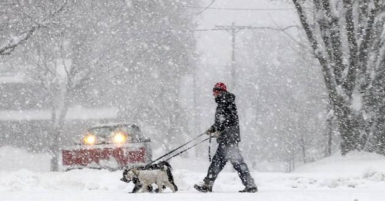 Esperan entre 30 y 60 centímetros de nieve en Boston.