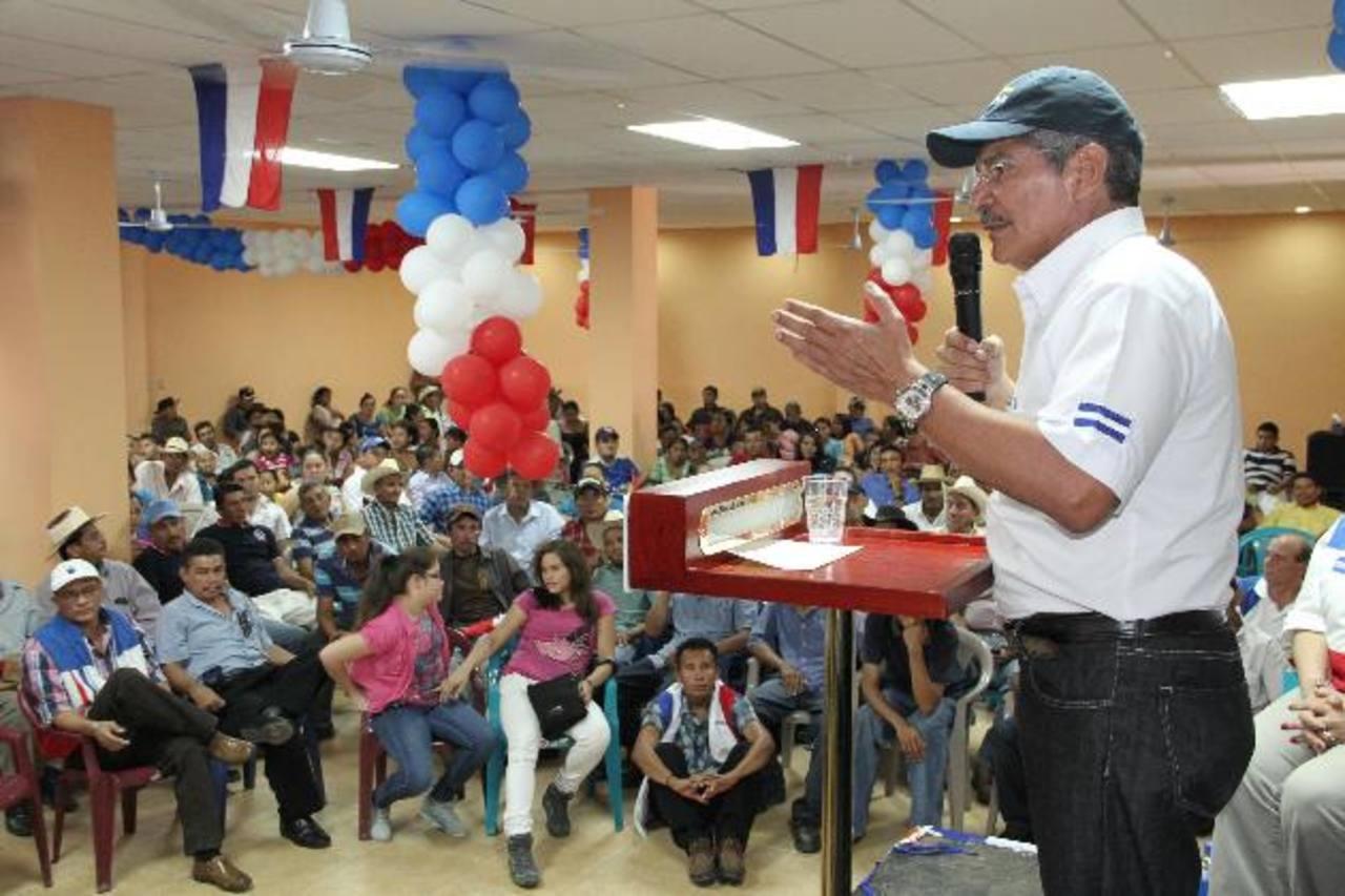 El candidato presidencial afirmó que su principal apuesta, de ganar las elecciones, será la educación. Foto EDH / cortesía