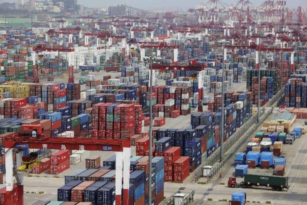 La demanda externa por los productos asiáticos se ha reactivado, así como la demanda interna, permitiendo un vigoroso crecimiento de las exportaciones. Foto EDH / archivo