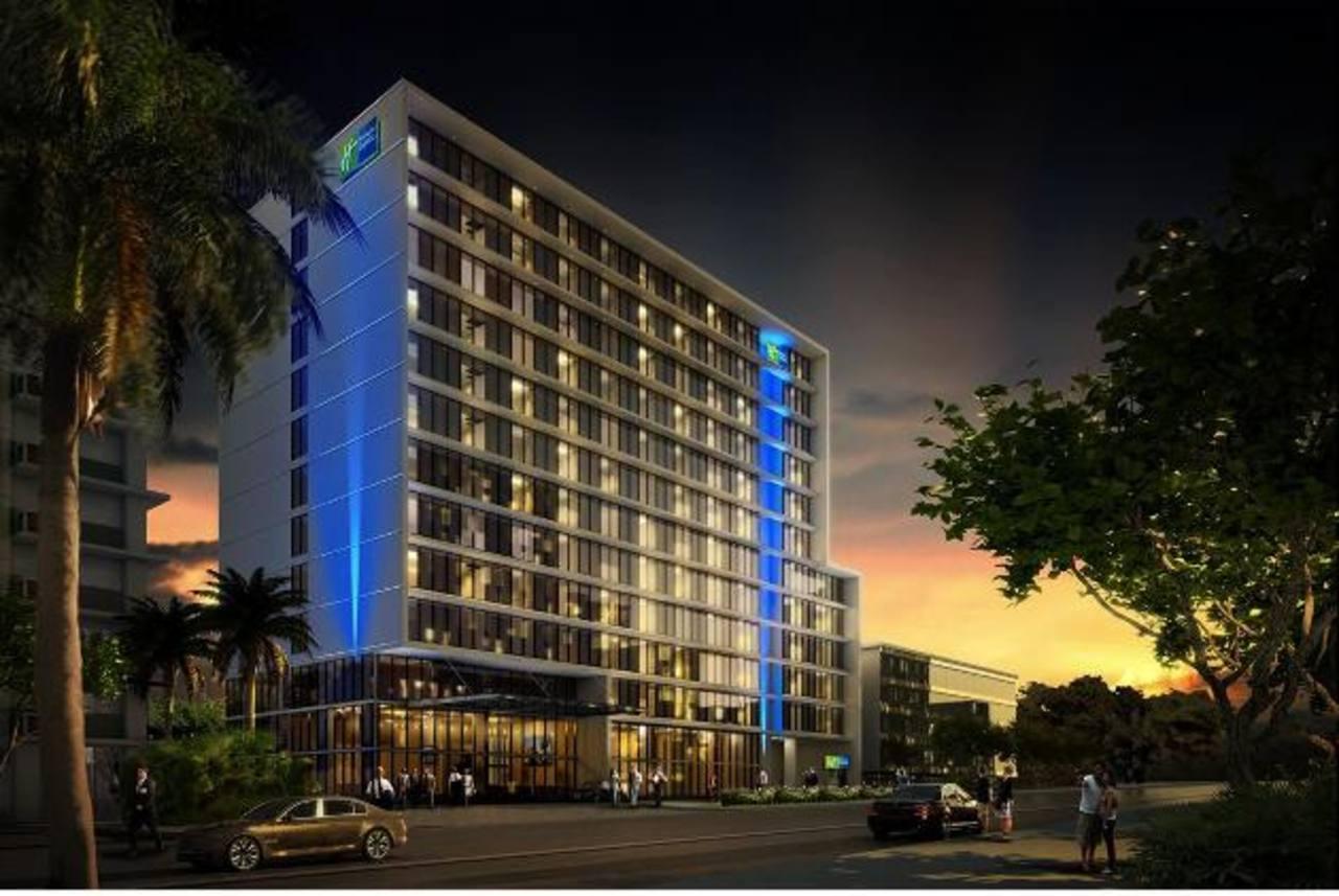 Imagen digital del hotel Holiday Inn Express que Agrisal está construyendo en Ciudad de Panamá. La obra gris del edificio está ya casi terminada. Foto EDH / CORTESÍA DEL GRUPO AGRISAL.