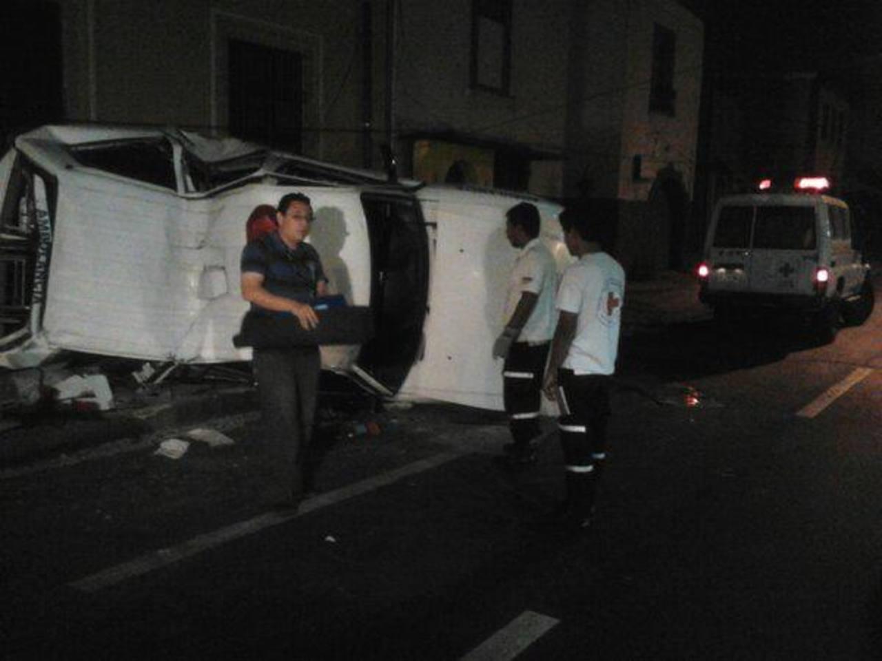 El hecho ocurrió sobre la 4a calle Oriente y 7a Avenida Sur, Santa Tecla. Foto @UrquilloSV