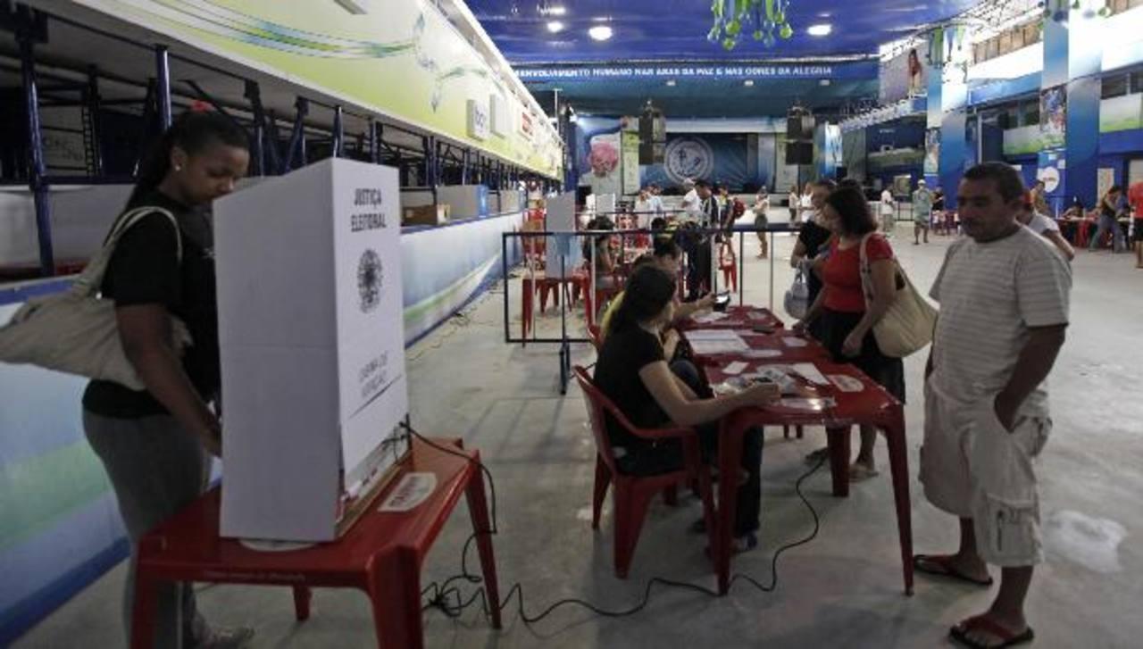 """Las elecciones municipales de octubre pasado fueron las primeras en las que se aplicó la ley de """"Ficha limpia"""" en Brasil. foto edh /archivo"""