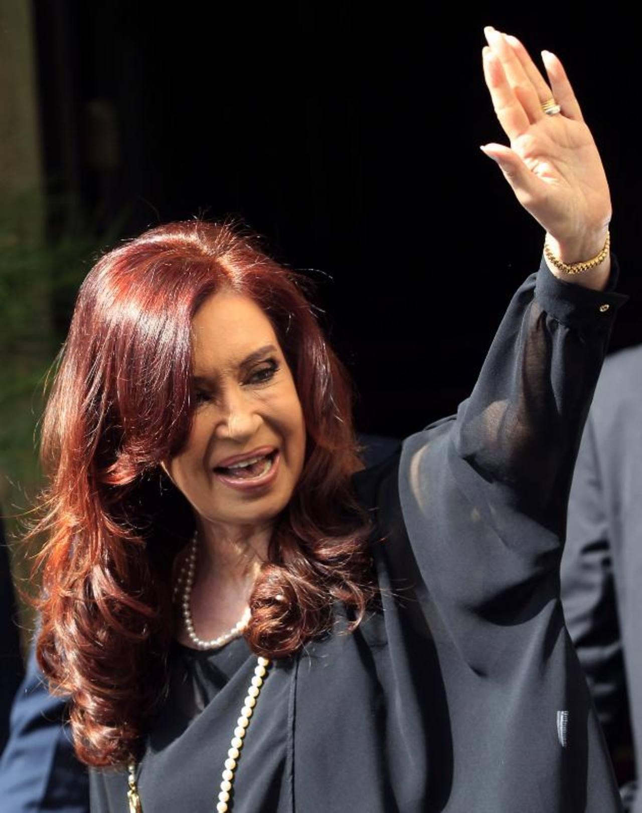 """La presidenta de Argentina, Cristina Fernández, se mantiene en el centro de la polémica por la """"pesificación"""". foto edh"""
