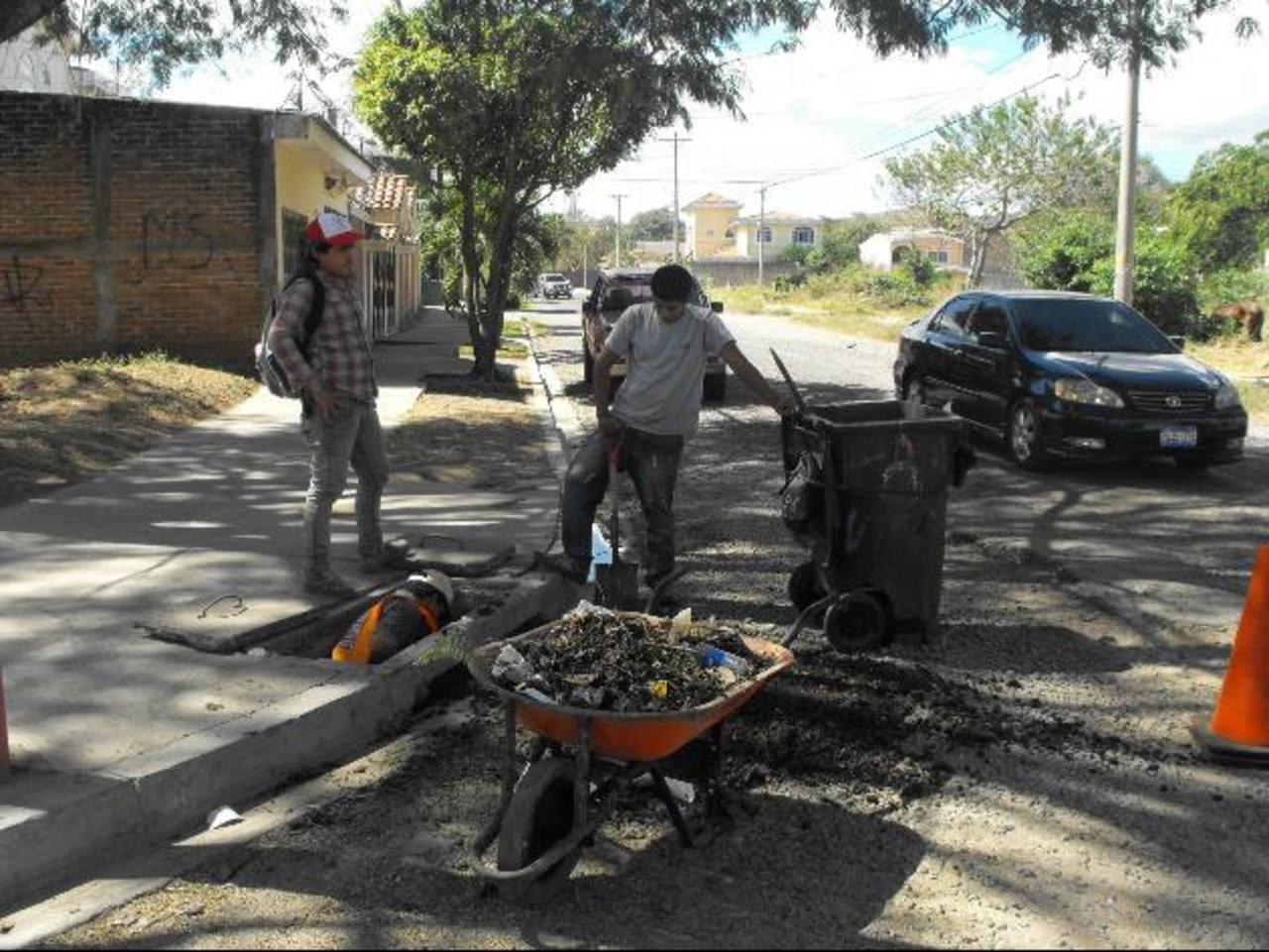 Autoridades harán tres jornadas de limpieza antes del invierno. Foto EDH / Mauricio Guevara