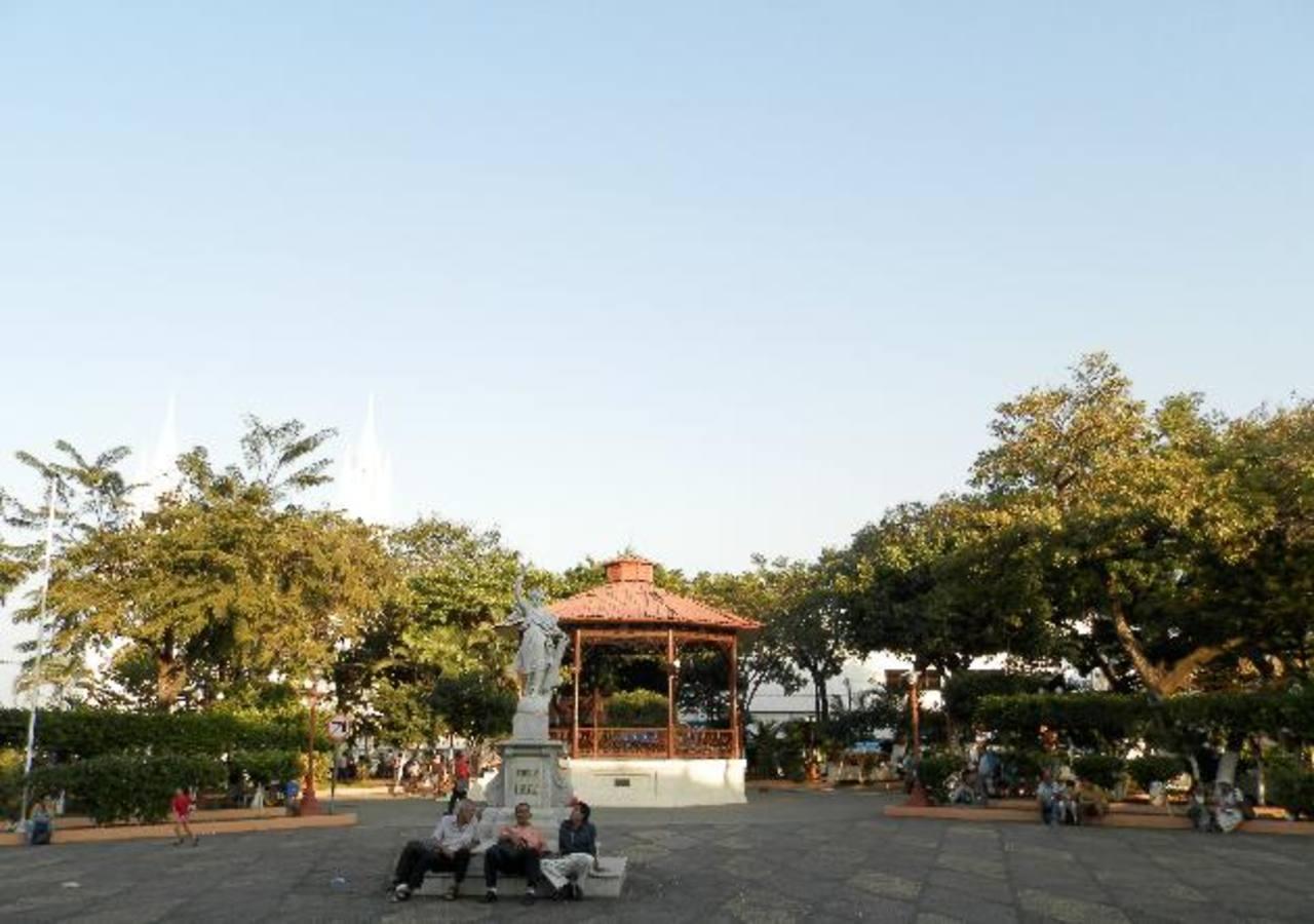 El parque Libertad es uno de los dos espacios públicos que serán intervenidos por la alcaldía municipal.