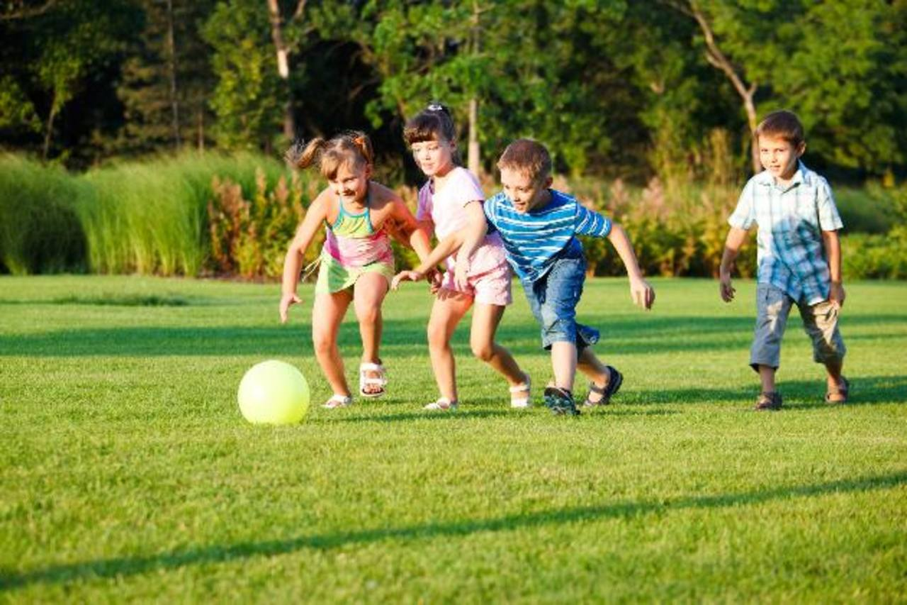 Jugar en la infancia evita el sobrepeso en la vida adulta