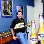 PDavid Froment, director general de CBC, uno de los grandes distribuidores de bebidas del país y de la región, dice que el mercado de cerveza cambiará en el país con el manejo del a marca Corona. FOTO EDH/ O. Carbonero