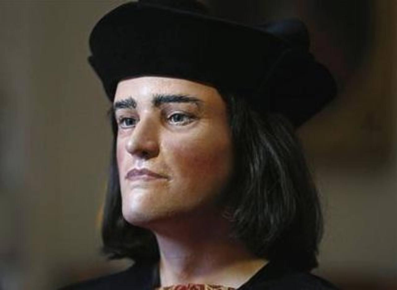 Reconstrucción facial de Ricardo III de Gran Bretaña expuesta durante una conferencia de prensa en Londres, este 5 de febrero. Foto/ Reuters