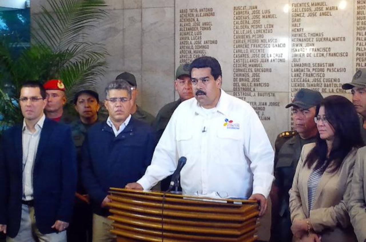 Vicepresidente Nicolás Maduro asumirá gobierno