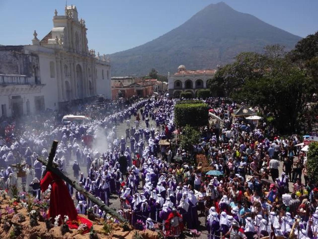 La ciudad es una de las emblemáticas de la devoción católica. Foto EDH / Georgina Vividor