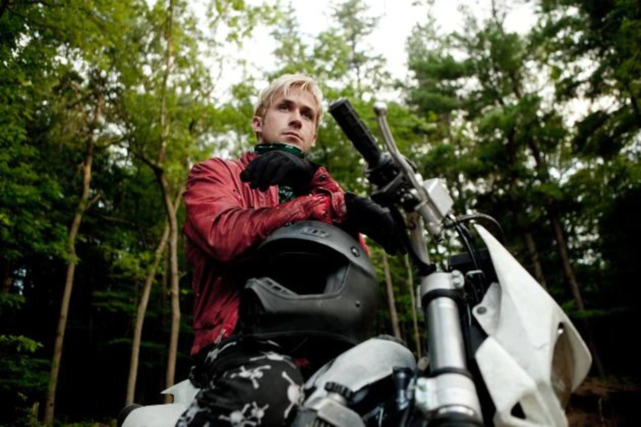 El actor interpreta a Luke, un motociclista rebelde y conflictivo.