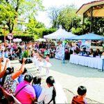 Alumnos y padres de familia participaron en los diferentes actos realizados durante la feria. Foto EDH / Milton jaco