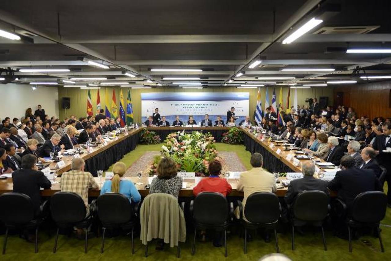 En el primer semestre del año debería quedar definida una agenda conjunta para empezar negociaciones. foto edh / archivo