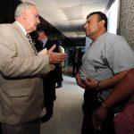 Nelson García (izquierda) es uno de los abogados defensores de Jorge Ulloa Sibrián (derecha). Foto EDH / Mauricio Cáceres.