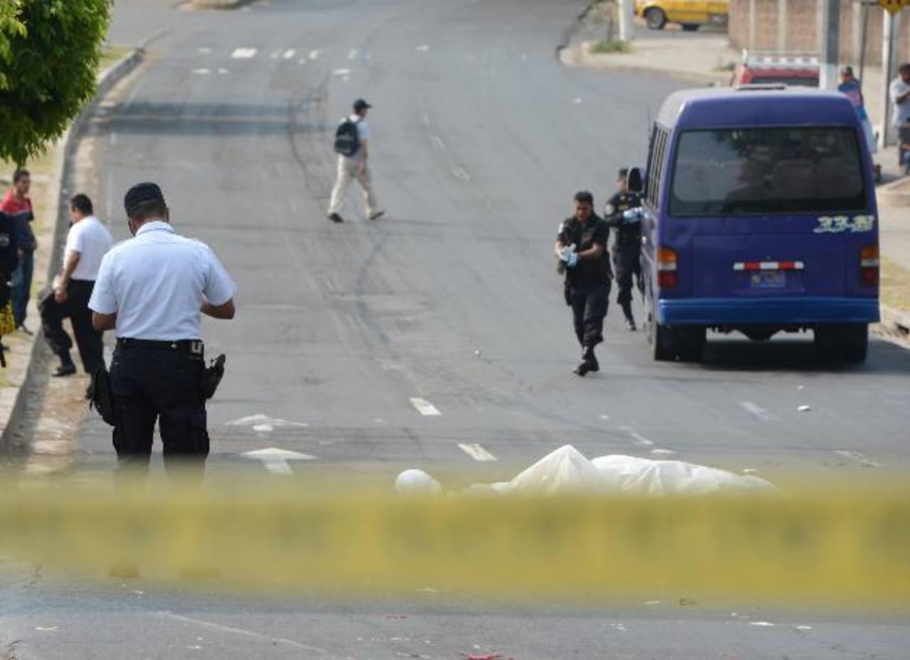 Wendy de la Cruz Gómez fue atropellada por un microbusero cuando ella se dirigía hacia su trabajo. Foto EDH / Archivo