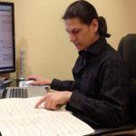 Este músico ha realizado una investigación sobre la música de la región desde los siglos 17 al 20. En Canadá su trabajo ha sido bien recibido. Foto/Cortesía