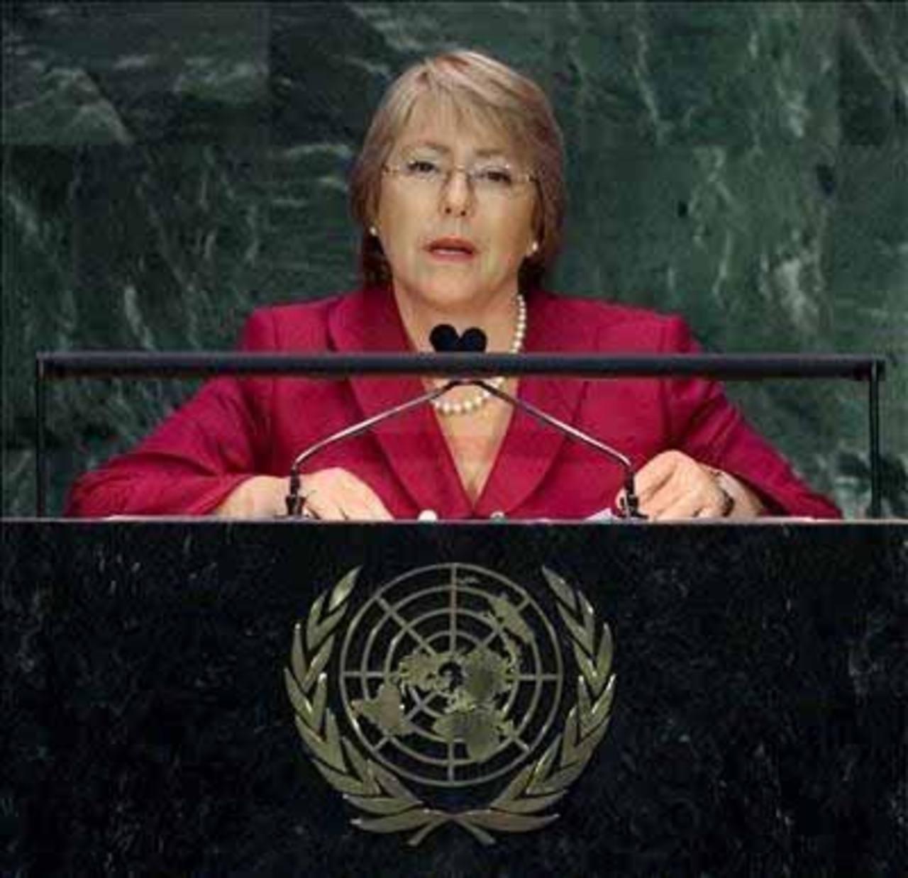 Bachelet renuncia a ONU Mujeres