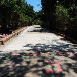 Las víctimas fueron asesinadas cuando participaban en los oficios del Santo Entierro. En el lugar del crimen aún queda la alfombra pintada en el pavimento. Foto EDH / Lissette Lemus