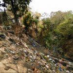 La acumulación de basura en las quebradas es un problema que viven todos los año las comunidades. Foto EDH / Milton JacoHabitantes del barrio San Juan temen por una nueva inundación. Foto EDH / Milton Jaco