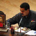 """Nicolás Maduro ve """"poco probable"""" embalsamar restos de Chávez"""
