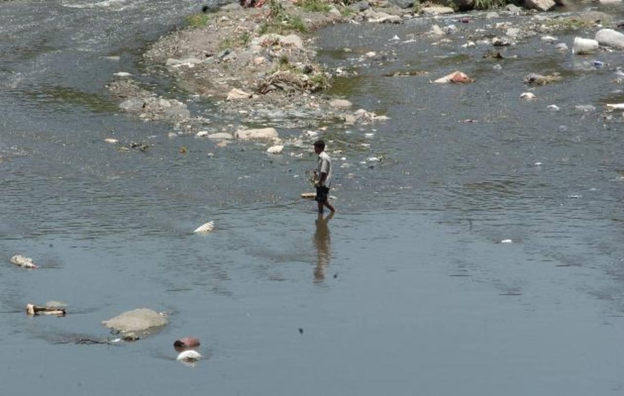 MARN define estrategia de salubridad ambiental