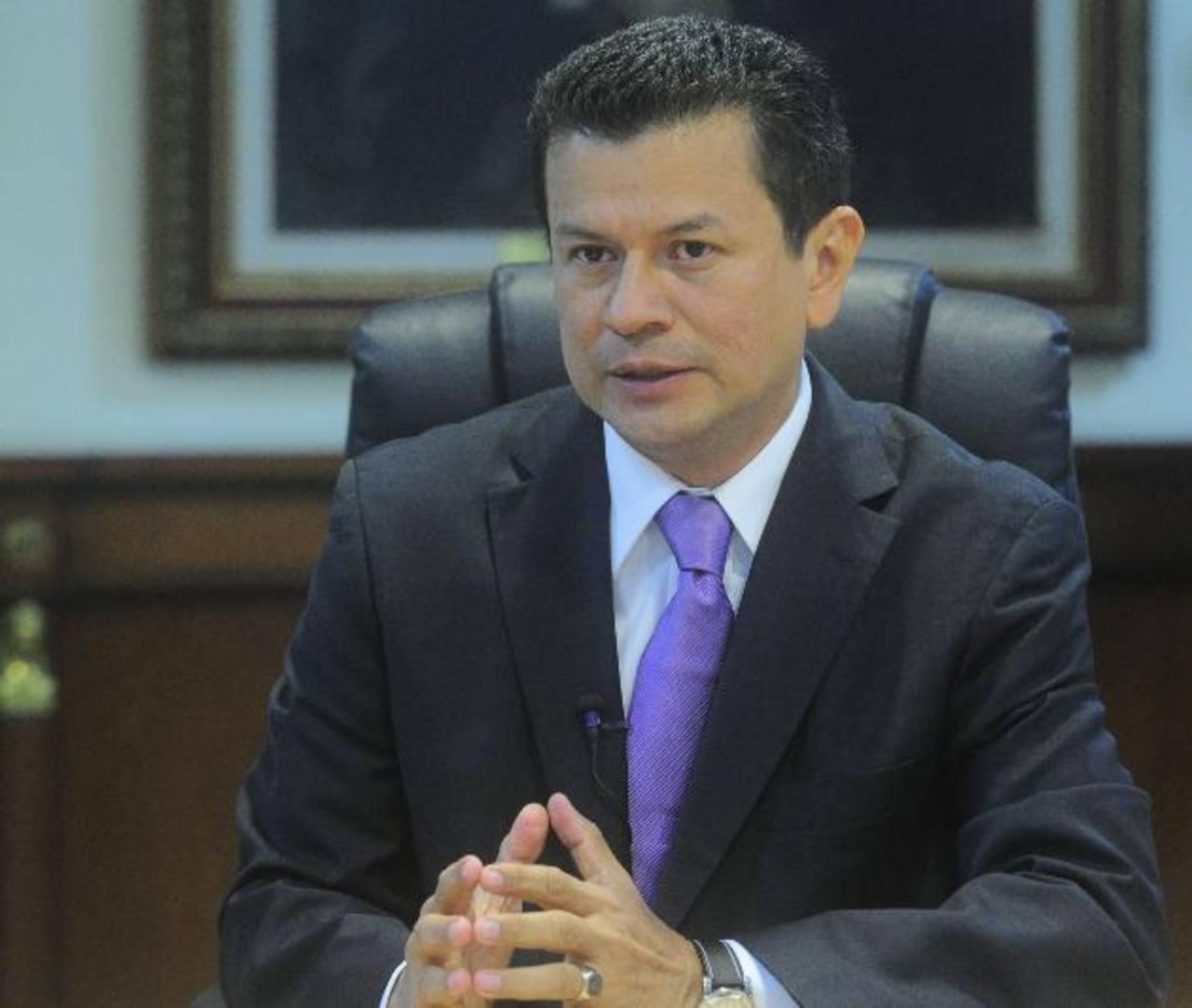 El ministro Martínez dijo que en comunicaciones con el gobierno de Nicaragua, ellos han recomendado cautela en el caso. foto edh / omar carbonero