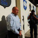 Manuel Dagoberto Gutiérrez fue presentado a los periodistas la semana pasada. Ayer no se presentó a la audiencia inicial, al parecer por estar enfermo. Foto EDH / Archivo