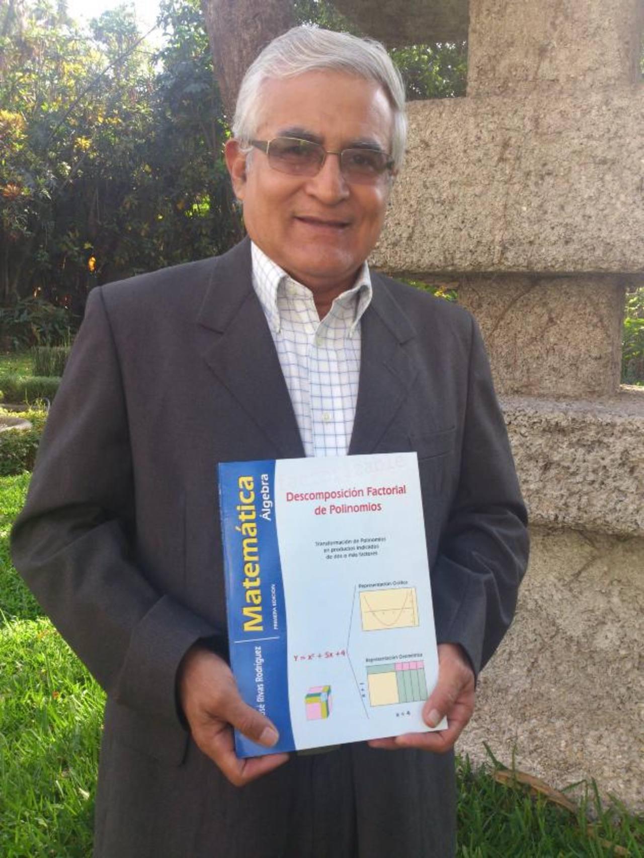 Juan José Rodríguez, autor del nuevo libro de apoyo.