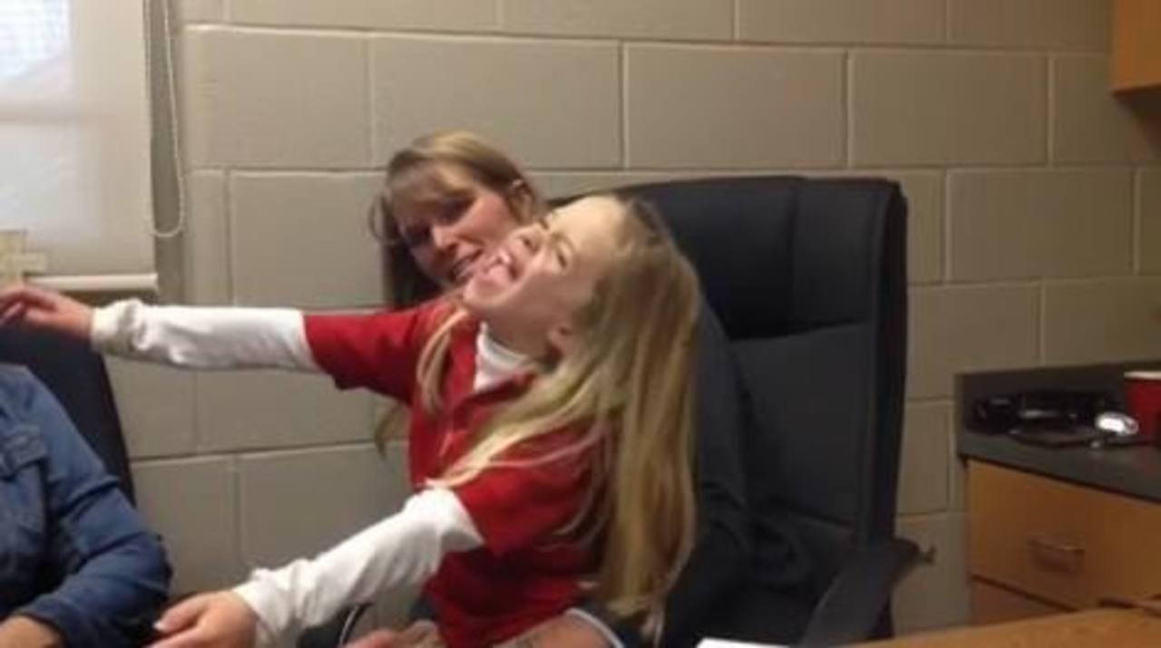 Maestra donará riñón a una de sus estudiantes