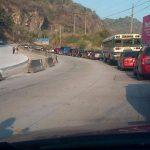 Fuerte tráfico vehicular por regreso de vacacionistas