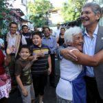 Quijano tiene un 61.7 de opinión favorable entre los salvadoreños. FOTO EDH